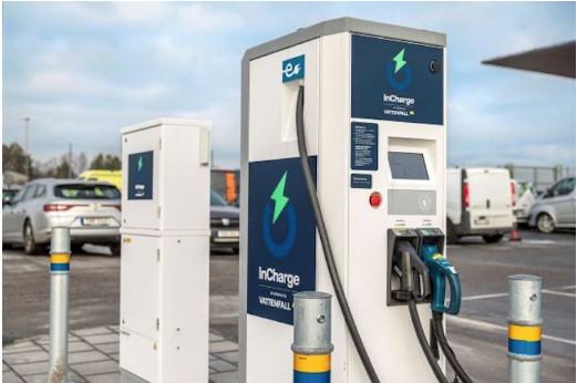 Technologie ABB dans 40 stations de charge rapide pour véhicules électriques Vattenfall en Suède